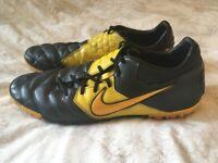 Nike Bomba Pro Astro Turf Football Boots Black & Yellow Size 11 UK