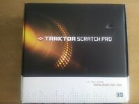Native Instruments TRAKTOR Audio 8 boxed, full package + 4 timecode vinyls + 2CD