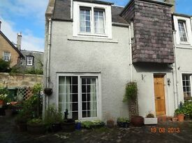 CLUNY PLACE - Lovely two bedroom mews property available in quiet residential street