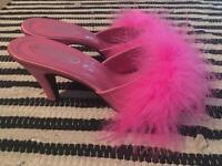 Women's size 6 Michelle x fluffy heeled slippers.