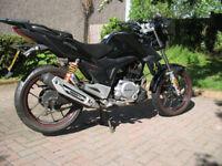 Lexmoto ZSX 125 (ZS125-48A) 2014 FSH low milage ideal first bike / commuter