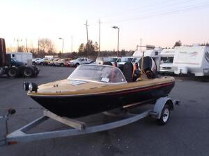 1983 caterpillar-custom-fiberglass-boat 150 Horse Outboard with