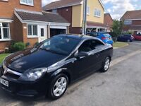 Vauxhall Astra 1.6 Twin Top 2007.