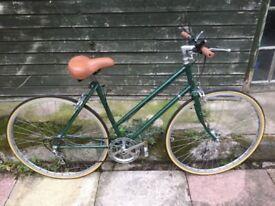 Raleigh Medale Ladies 1980's Road-Bicycle-vintage-20inch Frame-5-Speeds-27inch Wheels