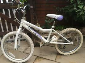 Concept Chill Out Girls 6 Gear All Terrain Bike Very Good Condition!!!