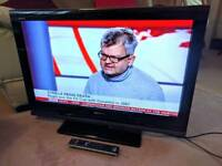 """Sony BRAVIA 32"""" 32 Inch TV with built-in Freeview - Can deliver locally"""
