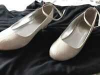 Monsoon shoes size 4 worn once fab condition