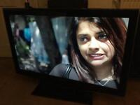 """Samsung 40"""" FHD 1080p LCD TV with built in Freeview"""