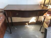 Fabulous quality hall table/small sideboard in beautiful condition