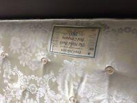 KING SIZE SPRING DIVAN BED & MATTRESS ( HIGH QUALITY BED BASE & MATTRESS ) £.60
