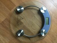 Bathroom scales (glass, designer, new)