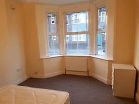 1 room rent four single