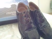 Chillie Brogues