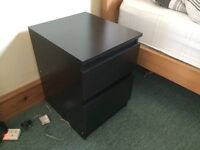 Selling a wooden bedside table for £20