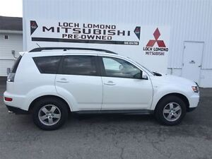 2011 Mitsubishi Outlander LS, SUNROOF, V6, THIRD ROW SEATING, BL