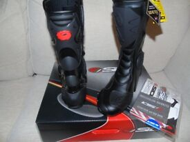 SIDI B2 GORETEX MOTORCYCLE BOOTS BRAND NEW RRP£ 249.99