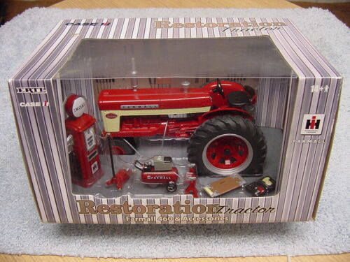 ERTL 1/16 IH INTERNATIONAL FARMALL 460 RESTORATION TRACTOR WITH ACCESSORIES