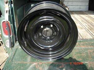 "Chevrolet  15""x7"" steel wheels London Ontario image 1"