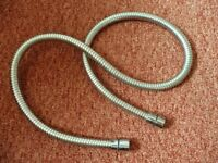 1.25m Flexible Shower Hose Washer Missing from one end Connector