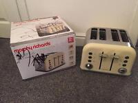 Morphy Richards 242004 Accents Four Slice Toaster