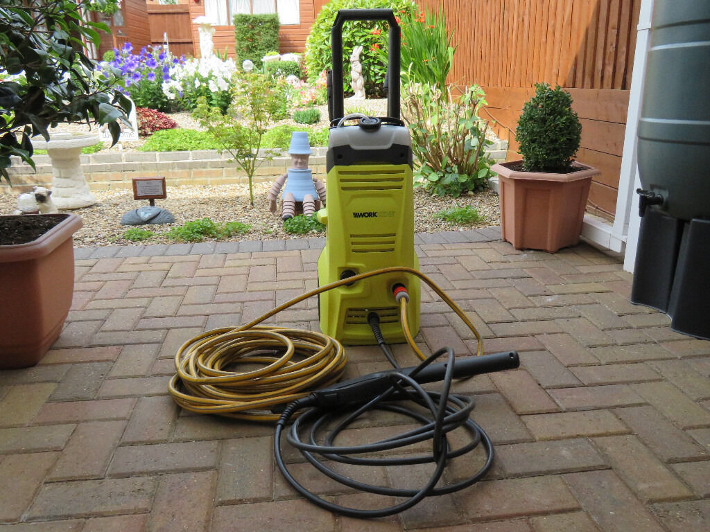 WORKZONE 2.2KW PRESSURE WASHER WITH HOSEPIPE