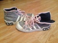 Adidas trainers size 5.5