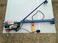 Electric Hoist / Scaffold Winch + Support Arm and bucket