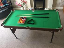 Children's snooker table