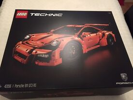 Lego technic Porsche 911 GT3 RS - Brand New and Sealed