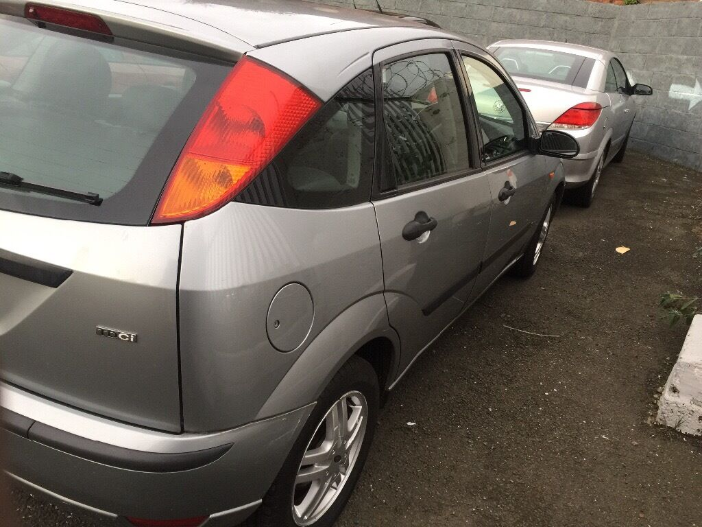 FORD FOCUS DIESEL 5DR PETROL FULL YEAR MOT GOOD CONDITION