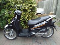 2013 Peugeot Tweet 125 automatic scooter, new 1 year MOT, very low miles, perfect runner, bargain,,