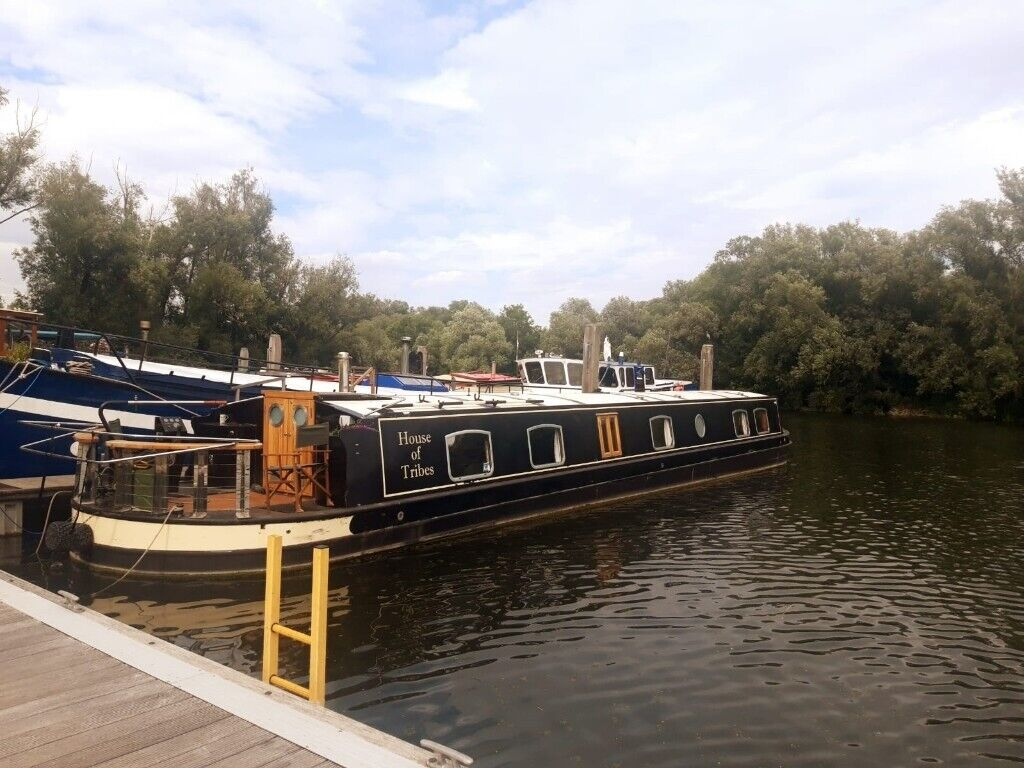 64' x 11' Luxury Widebeam Houseboat Liveaboard WITH Greater London Mooring!