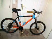 Calibre ( crag ) disc brakes mountain bike( MINT CONDITION )