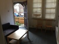 Two Bedroom Cottage House in Tooting
