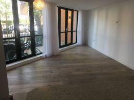 Design Award New Quality Development 1 Bed Fat BathShower Flats Open Plan Doors Patio Near BR Park