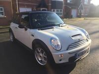 Mini Cooper s 1.6 r53 supercharged white 2006 £2495