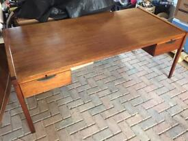 Vintage Rosewood Danish desk (60s)