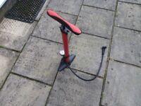 Halfords Metal Track Bike Pump with Gauge