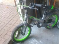 """Childrens bike grey and green 16"""" tyres"""
