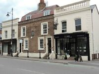 HIGH ROAD, SOUTH WOODFORD - GRADE II LISTED OFFICE SHARE - 4 PERSONS MAX