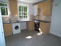 2 bedroom flat in Muswell Hill Road, London