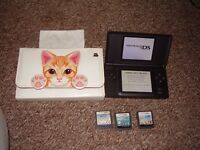 NINTENDO DS LITE WITH GAMES MINT CONDITION