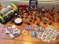 Wii Skylander Giants Game & Character Bundle