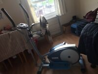 YORK FITNESS CROSS TRAINER