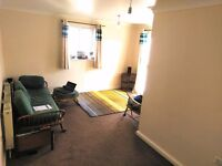 I,have a 2 bedroom ground floor flat, top end Bursledon road. need to be in town..
