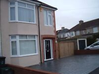 Immaculate 3/4 bedroom house in Ashton available 1st August