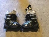 Head size 6 ski boots worn twice