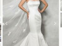 Ivory wedding dress new size 14