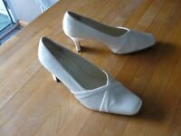 *New Price* Wedding Shoes Size 7