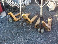 pallet barrow/hand trucks